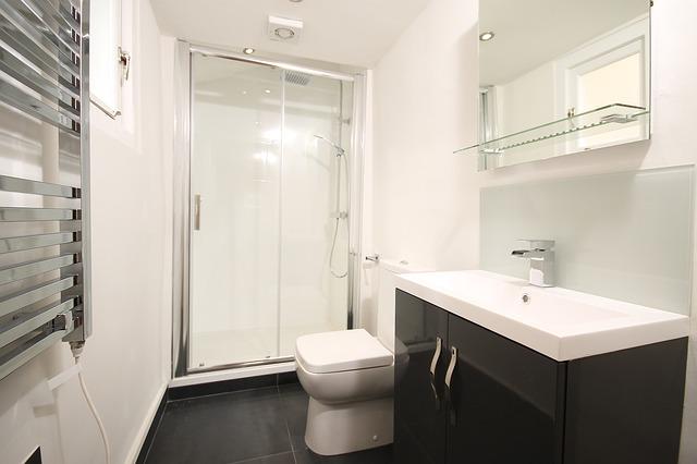 חדרי אמבטיה קטנים