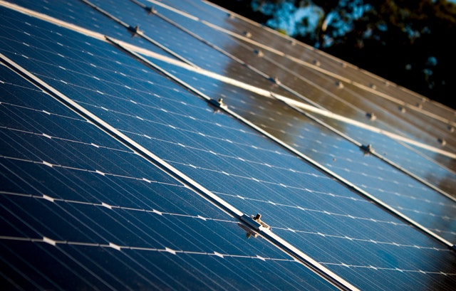 לוחות סולאריים לבית
