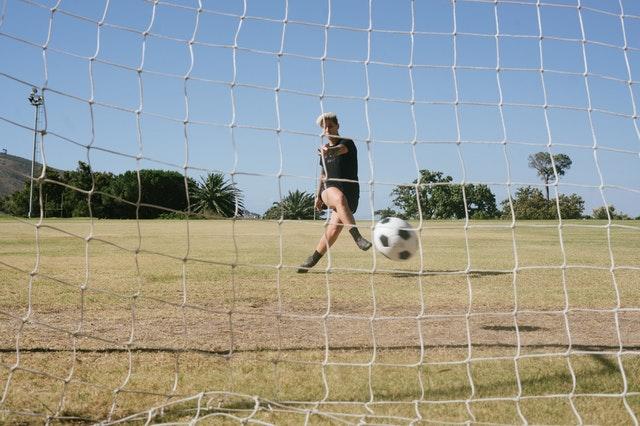 שער כדורגל מתקפל