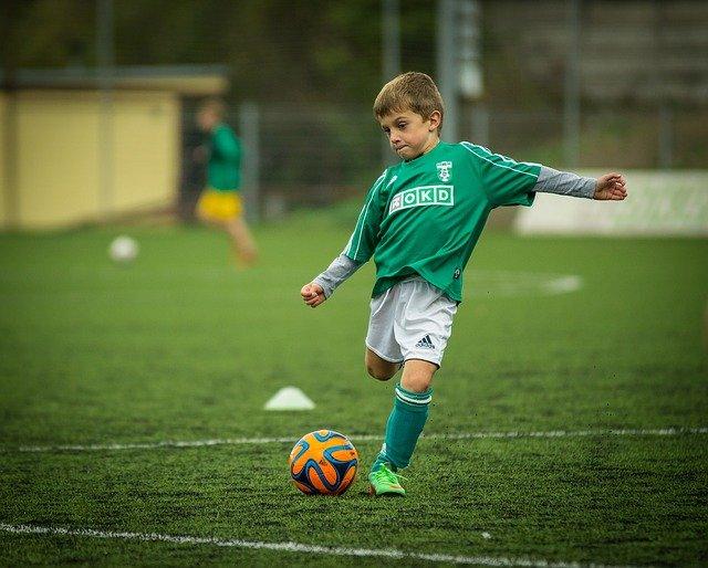 חוג כדורגל